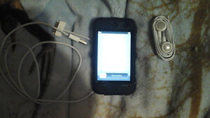 LOOKING TO TRADE MY IPOD FOR YOUR PS3 BUNDLE