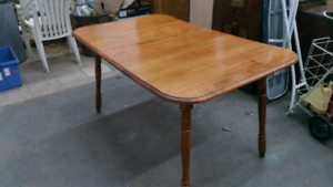 Table with Extension Leaf