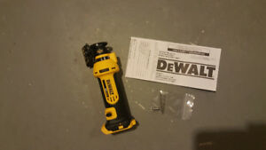 Dewalt 20v cordless cut out tool. Bare tool