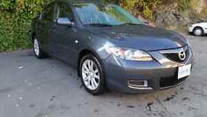 2009 Mazda 3, great condition, low km