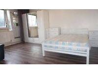 BARGAIN !! BETHNAL GREEN FURNISHED SPACIOUS ROOM WITH PRIVATE GARDEN! BOOK NOW