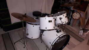 Mapex Venus Series white drum kit.