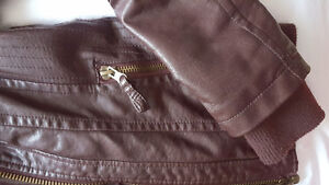 Size S Fall Bomber/Biker Jacket- Almost New West Island Greater Montréal image 2