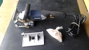 """Biscuiteuse Rona machine a jointer lame 4"""""""