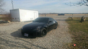 2006 Nissan 350Z rev up (looking to trade)