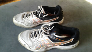court running shoes