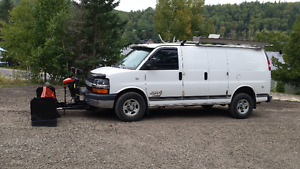 2004 Chevrolet Express 2500 Fourgonnette, fourgon 4X4 TRÈS RARE