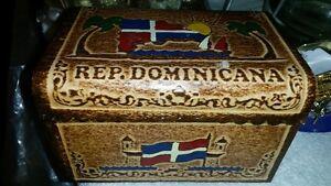 Dominican Republic jewelry box