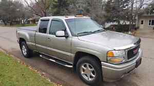 2002 GMC Denali quadrasteer