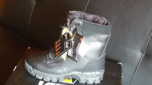 Steel Toe Safety Boots size 6 - NEW