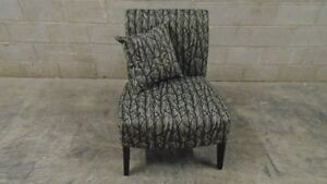 ACCENT CHAIR FOR SALE! Kitchener / Waterloo Kitchener Area image 1