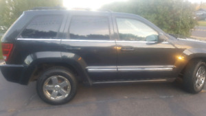 Parting out 2005 Jeep 5.7l Hemi Grand Cherokee