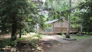 POINT CLARK, WINTERIZED & FURNISHED  3 BEDROOM COTTAGE,