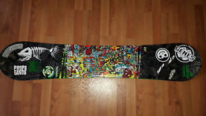 142 K2 Vandal Snowboard and Size 8 DC Boots