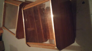 2 end tables brown with gold trim $20.00 for set
