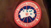 Brand New With Tags - CANADA GOOSE - Women's LARGE - Brown!