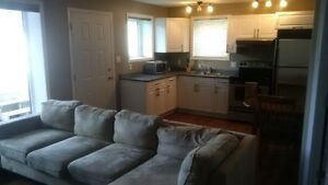 Available Sept 1/16 - 1 Bdr Apartment