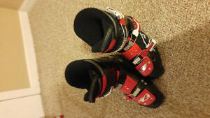 Boys Nordica ski boots size 7 or 7.5