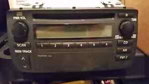 2004 toyota corolla stereo cd player