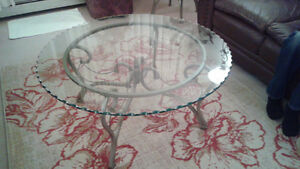 Glass coffee table London Ontario image 1