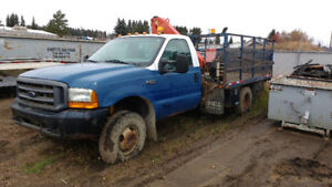 FORD F350 4 X 4  PICKER TRUCK NEW V 10 ENGINE