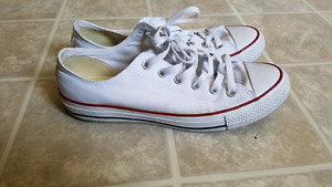 Chuck Taylors Converse White color