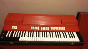 """""""Vintage Red Farfisa combo compact keyboard organ"""" West Island Greater Montréal image 1"""