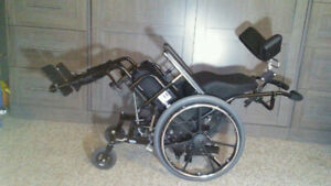 WHEELCHAIR INVOCARE CONCEPT 45/IMMAC COND/ROHO SEAT