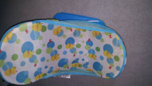 Baby bath lounger excellent condition need gone