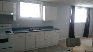 $1000 Utilities All Included. -10 min walk to West Park Schools
