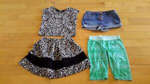 Lot de vêtements pour fille