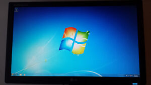 """Used 24"""" Viewsonic LCD Computer Monitor for Sale Cambridge Kitchener Area image 1"""
