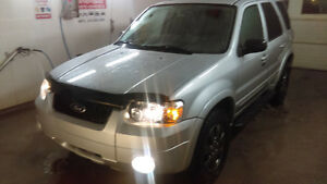 2006 Ford Escape LIMITED TRES RARE WOW!!! 67000KILO!!!!!