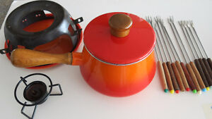 Fondue Set Incl 12 forks...Excellent Condition (Worth over $50)