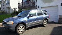 Mazda Tribute DX - 2001 - for parts ONLY - 155767 km.