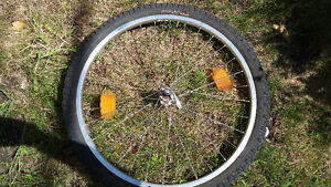 "26"" Specialized wheel/quick release with unused specialied tire"