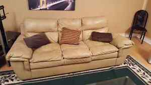3- PIECE SOFA SET 650 OBO