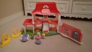 Fisher Price Little People Fun Sounds Doll House