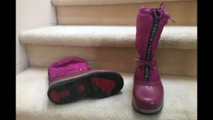 Girls Size 4 Sorel water proof winter boots