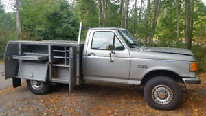 1989 Ford F-250 with Service Body