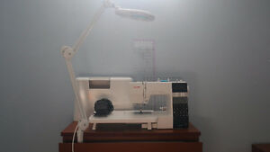 Janome DC7100 Computerised Sewing Machine + Magnifier Lamp(50$)