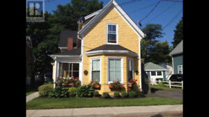 INCREDIBLE LOCATION IN THE HEART OF CHARLOTTETOWN! 2 Bed, 1 Bath