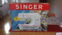 Singer Sewing Machine 30518 - Never used!