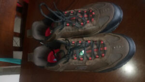 Men's Safety Shoes, Size 9