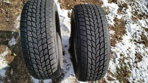 2 winter tires size 205/60/R15