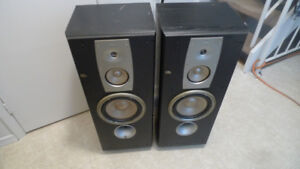 JBL Northridge Series N38 Floor Standing Speakers