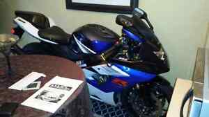 05 GSXR R1000 Moving out of province bike must go $3600