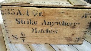 Caisse de bois d' Allumettes / Antique ! Saguenay Saguenay-Lac-Saint-Jean image 2
