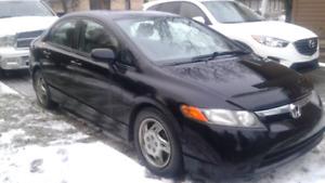 Honda Civic LX 2008 noir 4 portes automatique