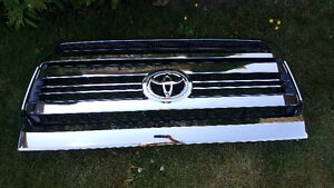 2016 Toyota Tundra Bulge and Grill Assembly (Chrome)